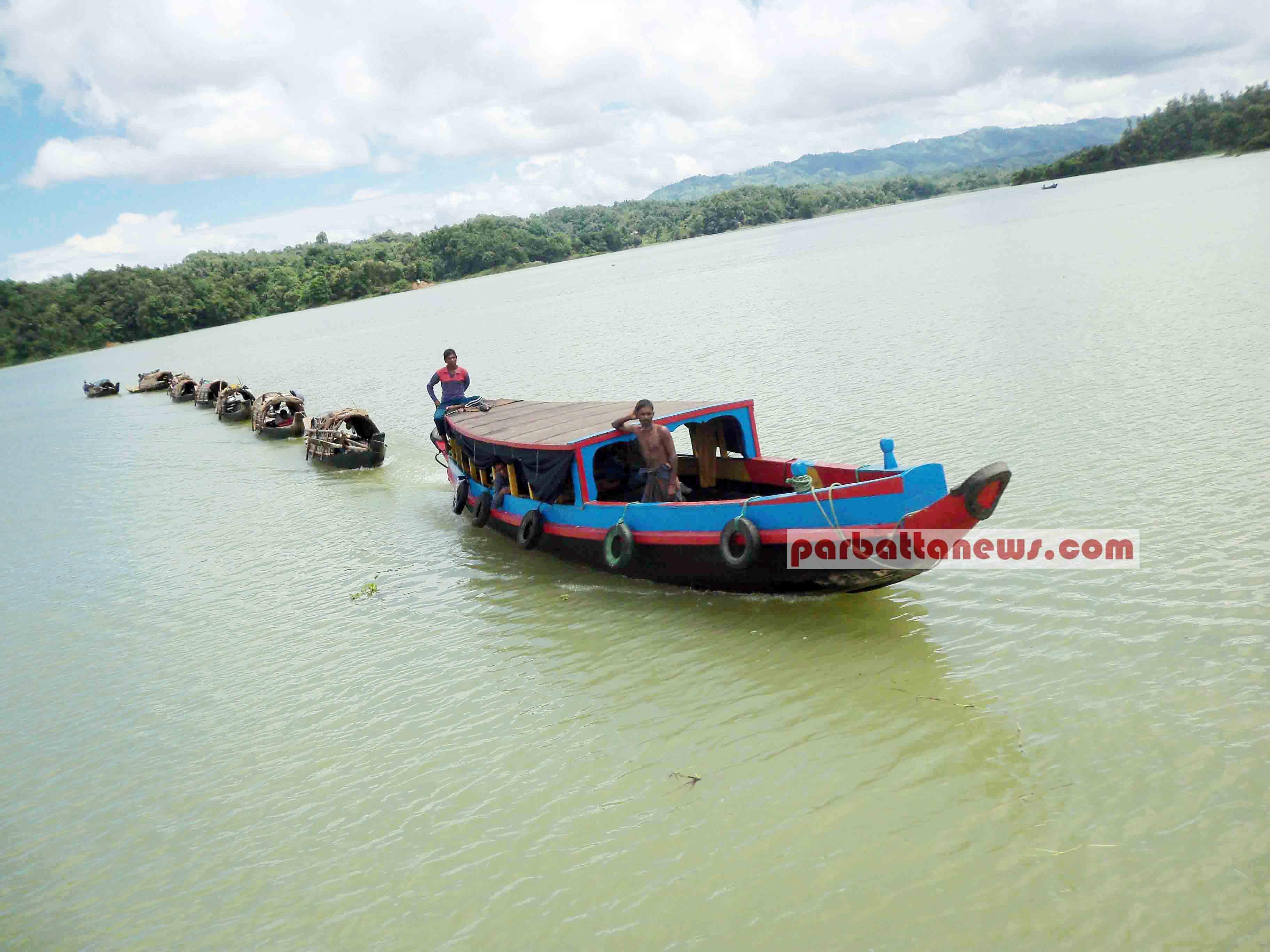 রাঙামাটির পুরোনো ঐতিহ্য 'নৌকা'