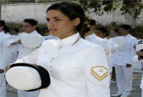 Greek-Woman-soldier